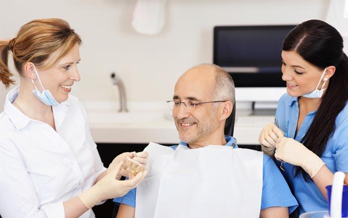 Todo lo que necesitas saber sobre la prótesis dental removible